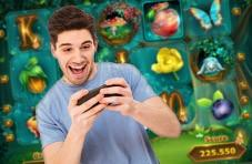 Online gaming brings smiles to players' faces